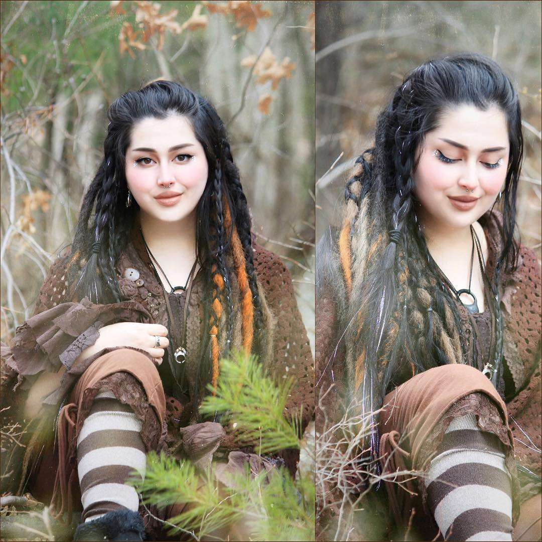 TrollTail in Extraordinary Striped Thigh Highs