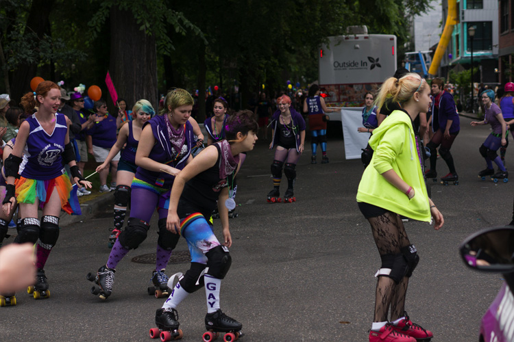 The Rose City Rollers also regularly flaunt fun styles like Gumball Poodle & Sock It To Me. (Shot by Dreamer Sixten)